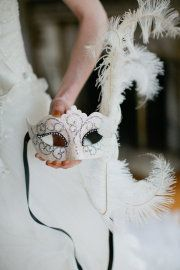 Masquerade weddings are one of my favorite themes!!!