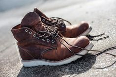 Red Wing Heritage 9111 Copper Rough & Tough Round Toe Leather Boots