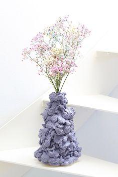 DIY vase af fugemasse – simpel inspiration til hjemmet – - Dekoration Verden L Wallpaper, Diy Home Decor, Room Decor, Wall Decor, Expanding Foam, Welcome To My House, My New Room, Dried Flowers, House Colors