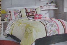 Think I wanna go surfer girl in my room.  Now need to find this in a king size...   Roxy Bianca bedding