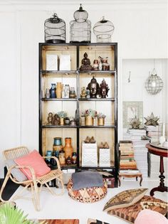 Shop+the+Room:+A+Well-Traveled+Reading+Corner+via+@domainehome