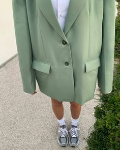 Image about fashion in autumn🍂🌖 by Pastelvillage_ Adrette Outfits, Blazer Outfits, Trendy Outfits, Fashion Outfits, Mode Dope, Look Blazer, Casual Street Style, Look Fashion, Minimalist Fashion