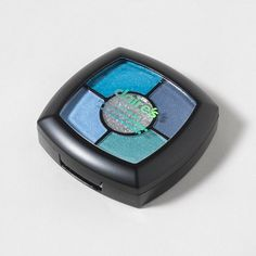 Shimmer with these sparkly blue ocean colors in the Quad Makeup Kit
