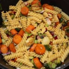Cooks from home is an online community marketplace for buying or selling homemade food Delicious Dishes, Pasta Salad, Homemade, Cooking, Ethnic Recipes, Food, Meal, Kochen, Essen