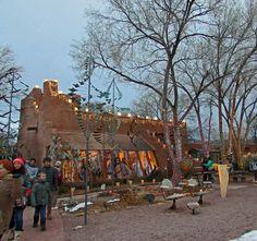 2012 Christmas Eve Farolito Walk on Canyon Road in Santa Fe Go Usa, Canyon Road, Romantic Getaways, Native American Art, Santa Fe, New Mexico, Mount Rushmore, Places To Go, Street View
