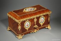 A 19th century casket in wood marquetry and porcelain plates signed Vervelle-Audot