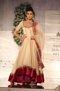Manish Malhotra .... Indian Bridal Show 2010