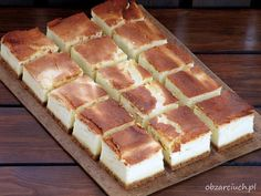 Sernik puszek Polish Desserts, Polish Recipes, Hot Dog Buns, Hot Dogs, Cheesecakes, Waffles, Bread, Baking, Breakfast