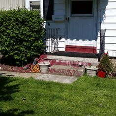 Do you think this entry in the Sensenig's Front Entrance Makeover Contest deserves to win? Click to vote!
