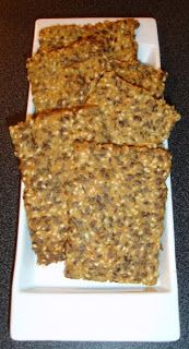 "Low Carb High Fat diet: ""Bread"" / Crackers (very low carb!) Www.facebook.com/xyngingit"