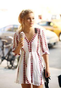 Olivia Holt - 0035 282829~9 - HQ Celebrity Pictures / Mais de 500,000 fotos