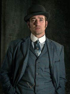 Edmund Reid in Ripper Street Season 1