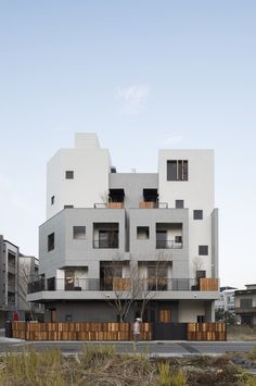 Light-House / Shen Ting Tseng Architects