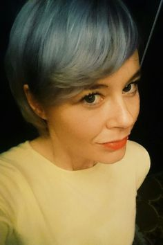 Grey-blue-blonde