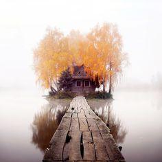 Недвижимость: Охотничий домик на острове. Житомирская область, село Старый Солотвин, Украина.