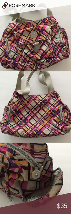 """KIPLING FAIRFAX FELIX LARGE Handbag Multicolored Pockets galore!! Great preowned condition. Missing longer Strap for over the shoulder. The manufacturer says """"large"""", I think it's more medium. Kipling Bags Totes"""