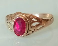 Catawiki online auction house: 14 kt. Gold - Ring - 0.70 ct Ruby Filigree Jewelry, Crystal Jewelry, Gemstone Jewelry, Antique Jewelry, Vintage Jewelry, Antique Gold, Art Nouveau Jewelry, Jewelry Art, Jewelry Design