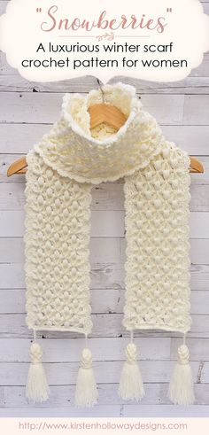 This free crochet scarf pattern is filled with beautiful texture that will keep you warm this winter. Once you master the unique stitch pattern it is fast and easy to make! Tassels add the finishing touch to this crochet masterpiece! #crochetscarf #freecrochetpatterns Beau Crochet, Poncho Au Crochet, Crochet Scarf Easy, Bonnet Crochet, Crochet Simple, Crochet Mittens, Crochet Beanie, Crochet Scarves, Crochet Clothes