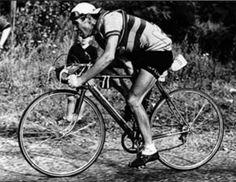 Julián Berrendero (8/4/1912 -1/8/1995) || Professional Team(s): BH (1934-1936), France Sport (1937-1939), Informaciones (1942), Galindo (1946-1947), Galibier (1948), Galindo (1948), Peugeot-Dunlop (1949).