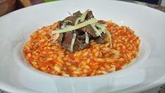 Risoto Pomodoro com fatias de alcatra Ethnic Recipes, Food, Risotto, Ethnic Food, Essen, Meals, Yemek, Eten