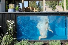Shipping container pool can be installed in minutes Portable Swimming Pools, Amazing Swimming Pools, Above Ground Swimming Pools, In Ground Pools, Mod Pool, Versandbehälter Pool, Backyard Pools, Shipping Container Swimming Pool, Mini Piscina