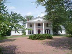 front drive richmond colonial revival
