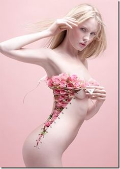 25 Creative and Beautiful Photo Manipulation works done by Photoshop Creative Photography, Fashion Photography, Art Photography, Amazing Photography, Photography Flowers, Artistic Photography, Digital Photography, Foto Picture, Look Rose