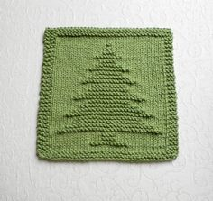 Knit Dishcloth CHRISTMAS TREE. Hand Knitted by AuntSusansCloset, $5.25