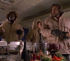I hope you're all okay?! I saw some news in television about the current #blizzard in the USA and Canada. Take care of yourselves! I hope the best for you!!⠀ ⠀ #sliders #takecare #usa #canada #america #johnrhysdavies #sabrinalloyd #cleavantderricks #cold #snow #ice #weather #❄️ #🌨