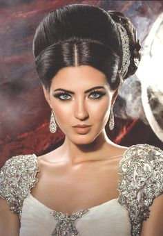 Our classic side tiara, B042S was used in Khush Weddings latest edition, paired with this glamorous beaded gown.
