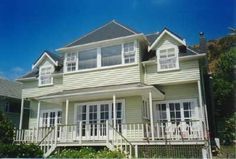 Paekakariki Holiday Guest House Rental - 2 Bedroom, 1.0 Bath, Sleeps 4