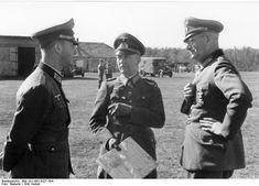 Maximilian von Weichs (till höger) och general Hans von Greiffenberg (mitten), 1942