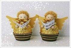DIY Ferrero Rocher Gift Ideas – Edible Crafts This round up shows you creative ways to gift Ferrero Rocher chocolates. We have covered how to make trees, Christmas tree's cakes and even Ferrero Rocher Angels. These are such fun way to gi… Easy Christmas Crafts, Homemade Christmas, Christmas Projects, Christmas Decorations, Christmas Ornaments, Christmas Trees, Edible Christmas Gifts, Christmas Recipes, Christmas Angels