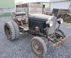 Antique Tractors, Vintage Tractors, Vintage Cars, Antique Cars, Cool Trucks, Cool Cars, Homemade Tractor, New Tractor, Classic Tractor