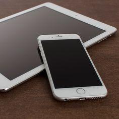 Free PSD iPhone 6 Mockup With iPad