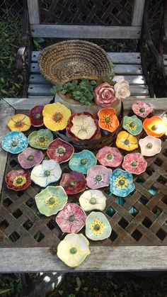 New Free of Charge clay pottery dishes Style ClayFlowers – Keramik – Ceramic Bisque, Ceramic Clay, Ceramic Pottery, Slab Pottery, Clay Art Projects, Ceramics Projects, Clay Crafts, Clay Flowers, Ceramic Flowers