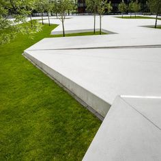 A review of the elegant landscape design at Grõnnegaarden Herning High School by Schønherr, in Herning, Denmark