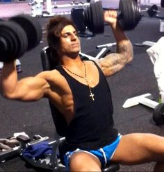Zyzz working out