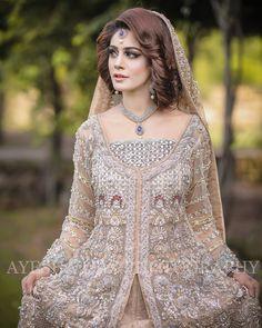 Black Bridal Dresses, Bridal Mehndi Dresses, Walima Dress, Pakistani Wedding Outfits, Indian Gowns Dresses, Bridal Dress Design, Pakistani Wedding Dresses, Bridal Lehenga, Indian Outfits