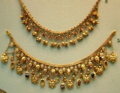 Etruscan gold necklace, ca.450 BC