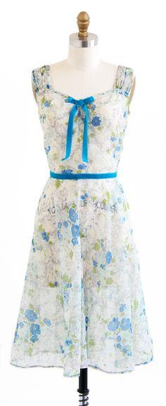 vintage 1940s floral chiffon + teal velvet sweetheart dress | http://www.rococovintage.com