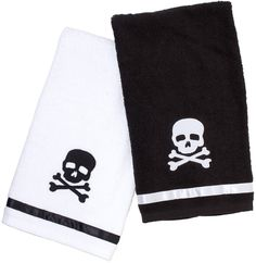 SOURPUSS+SKULL+BATHROOM+TOWEL+SET+-+Everyone+knows+that+germs+are+spooky,+so+be+sure+to+wash+your+hands+and+keep+your+bones+dry+with+these+matching+black+and+white+terry+cloth+hand+towels.