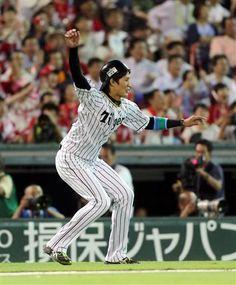阪神・藤浪、三塁コーチで右腕ぐるぐる「勢いで回しました」/球宴