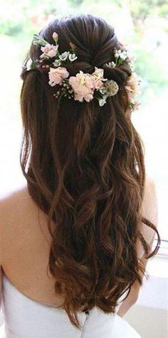 Trendy hairstyles for medium length hair indian weddings half up half down Half Up Wedding Hair, Diy Wedding Hair, Romantic Wedding Hair, Wedding Pins, Formal Wedding, Wedding Makeup, Perfect Wedding, Wedding Decor, Wedding Ideas