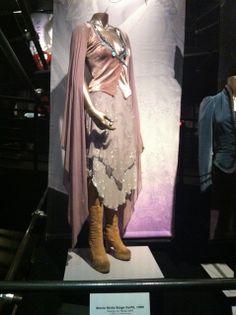 Stevie Nicks Dresses | Wow! Stevie Nicks' dresses... | Flickr - Photo Sharing! I NEED THIS SO BAD ITS SO I CANT WWOWOWWOOOO
