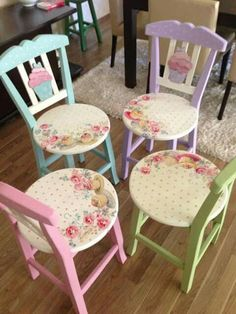 Rose covered chairs and beautiful colours to compliment them.