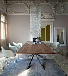 Arredamento classico contemporaneo: tappeto persiano patchwork grigio Jaipur