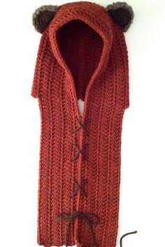 not really knitting but meh! It's a flippin' ewok hat! Yub Nub Scoodie crochet pattern for little Ewok fans! Free on Ravelry. Crochet Gratis, Free Crochet, Knit Crochet, Knitted Cowls, Crochet Hood, Crotchet, Crochet Roses, Crochet Birds, Crocheted Flowers