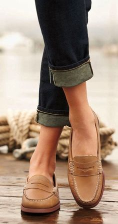 Super cool spin classic loafer - I would love to have a pair of comfy penny loafers like this. Love this preppy style.