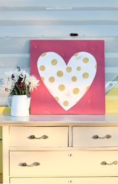 Glittery polka dot heart sign, perfect for Valentine's Day!